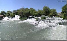 LEBANON, BEKAA, Nahr (River) El Assi - Dardara Cascade
