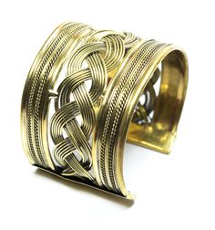 Gold Plated Metal Bracelet from Elmory gives a trendy look to its beholder. A must buy for imitation jewelry lover.