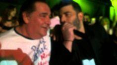 Καρράς - Παντελίδης. Η συναντησή τους στο Teatro και τα συγκινητικά λόγι... Che Guevara, Musicals, Lyrics, Singer, Passion, Youtube, Palette, Fictional Characters, Color