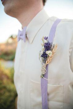 lavender boutonniere | Lavender Provencal Wedding http://theproposalwedding.blogspot.it/ #lavanda #lavender wedding #matrimonio #spring #primavera