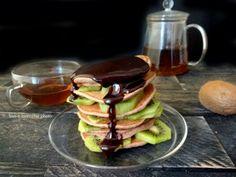 Pancakes al farro e kiwi
