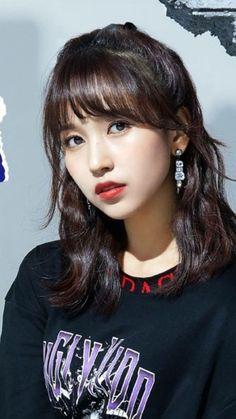 Birthday : Nationality : USA/Japan Height : Position : Sub Vocalist Featured songs : Feel Special,Fancy,TT,. Kpop Girl Groups, Korean Girl Groups, Kpop Girls, Nayeon, Twice Group, Sana Momo, Chaeyoung Twice, Myoui Mina, Korean Celebrities