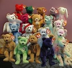 Ty Beanie Babies - Rule Keep the tags on. Rule Eat McDonalds once a week until all mini-beanie babies have been collected. Rule Princess Diana bear MUST stay in the glass case. Ty Beanie, Beanie Baby Bears, 90s Childhood, Childhood Memories, Childhood Games, Sweet Memories, Beanie Babies Value, Beenie Babies, Sell Beanie Babies