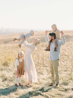 Calgary Family and Maternity Photography Cute Family Pictures, Family Picture Outfits, Fall Family Photos, Family Pics, Family Posing, Photography Gallery, Fall Family Photography, Sibling Photography, Toddler Photography