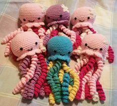 Mesmerizing Crochet an Amigurumi Rabbit Ideas. Lovely Crochet an Amigurumi Rabbit Ideas. Preemie Crochet, Crochet Baby Toys, Cute Crochet, Crochet Animals, Crochet Crafts, Crochet Dolls, Crochet Projects, Knit Crochet, Crochet Food