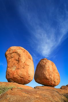 Devils Marbles , Northern Territory Australia Stock Image - Image of grass, hiking: 25935939 Outback Australia, South Australia, Western Australia, Australia Travel, Travel Oz, Australia Landscape, Balanced Rock, Alice Springs, Camping