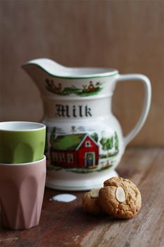 Lebkuchen – German Christmas Ginger Cookies.  I really want that milk pitcher, too.