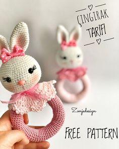 Fotoğraf açıklaması yok. Easter Crochet Patterns, Crochet Patterns Amigurumi, Crochet Toys, Crochet Baby, Newborn Knit Hat, Newborn Toys, Baby Toys, Crochet Elephant, Baby Rattle