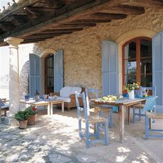 HOME & GARDEN: Sur la terrasse