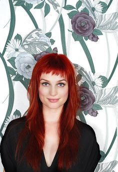 Alison Sudol - love the color and the short bangs. Alison Sudol, Red Hair Baby, Gouts Et Couleurs, Red Hair With Bangs, Hairstyles With Bangs, Cool Hairstyles, Asymmetrical Bangs, Baby Bangs, Red Hair Color