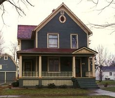 colorful+Victorian+homes | Historic House Colors Victorian Bungalow Arts and Crafts Retro Queen ...