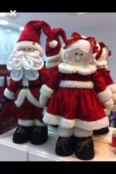 Pin by Imbi R on Mosaic decor Christmas Sewing, Christmas Baby, Christmas Items, Christmas Colors, Vintage Christmas, Christmas Holidays, Christmas Fabric, Country Christmas, Christmas Christmas
