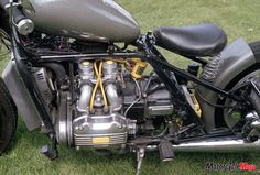 www.motorcyclemojo.com wp-content uploads 2013 03 Motorcycle-Mojo-Goldwing-Bobber005-Tale-of-three-wings.jpg