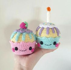 Mesmerizing Crochet an Amigurumi Rabbit Ideas. Lovely Crochet an Amigurumi Rabbit Ideas. Cupcake Crochet, Crochet Food, Crochet Dolls, Crochet Kawaii, Cute Crochet, Knit Crochet, Amigurumi Patterns, Knitting Patterns, Crochet Patterns