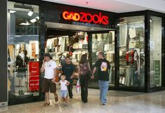 14 Stores Every '90s Kid Will Remember Shopping At
