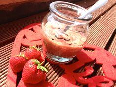 Raw Strawberry Jam #rawfood #jam #vegan rainbowcityuk.com