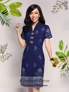 Home - Batik Kultur Model Dress Batik, Batik Dress, Dress Batik Kombinasi, Mode Batik, Kebaya Modern Dress, Batik Fashion, Traditional Fashion, Simple Dresses, Dress Patterns
