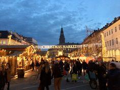 Christmas market in front of christiansborg. Copenhagen, Denmark, Louvre, Marketing, Christmas, Travel, Xmas, Viajes, Weihnachten