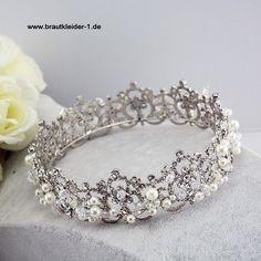 d7a57a2730b Braut Tiara Blidhilde  accessoires  für  die  braut  hochzeit  mode   brautmode  schmuck  haarschmuck  kopfschmuck  schleier  tiara  diadem   vintage ...