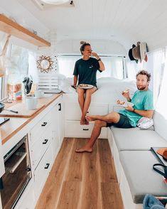 camper van living with kids Caravan Makeover, Caravan Renovation, Van Conversion Interior, Camper Van Conversion Diy, Bus Life, Camper Life, Kombi Trailer, Cargo Trailer Camper, Build A Camper Van