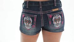 Cowgirl Tuff Women's Embroidered Colorful Skull Shorts SHSKLL