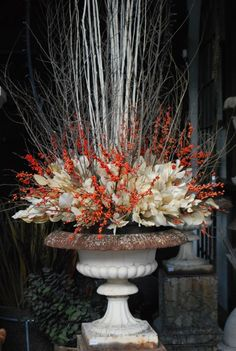 Stunning Fall Planters for Easy Garden Fall Decorations - Stunning Fall Planters For Easy Garden Fall Decorations 63 - Stunning Fall Planters For Easy Garden Fall Decorations 63 - Christmas Urns, Christmas Planters, Fall Planters, Autumn Garden, Easy Garden, Thanksgiving Flowers, Winter Planter, Fall Containers, Fall Container Gardening