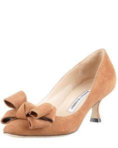 Love the Manolo Blahnik Lisanewbo Suede Low-Heel Bow Pump, Camel on Wantering | Winter Fashion Trends for Women | Low Heels | womens low heeled suede bow pumps | womens shoes | womens heels | womenswear | womens style | womens fashion |wantering http://www.wantering.com/womens-clothing-item/lisanewbo-suede-low-heel-bow-pump-camel/aaqoG/