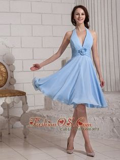 Modest bridesmaid dresses at discount prices.Check the styles of modest bridesmaid dresses and shop the fabulous gowns now! Blue Bridesmaid Gowns, Baby Blue Prom Dresses, Knee Length Bridesmaid Dresses, Junior Prom Dresses, Elegant Prom Dresses, Dress Prom, Knee Length Cocktail Dress, Blue Cocktail Dress, Cocktail Dresses
