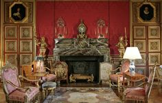 French Kitchen Decor, French Decor, Chateau De Maintenon, Louis Xiv Versailles, Palace Interior, Château Fort, Ville France, Classic Living Room, Fantasy House