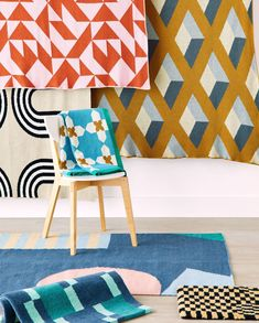 These three Midwest textile artists design rugs and throws that marry inventive graphics with impeccable craftsmanship. See our story for textiles that will change the way you decorate. Jar Chandelier, Hand Tufted Rugs, Furniture Arrangement, Textile Artists, Rug Making, Textile Design, Inventions, Interior Decorating, Outdoor Blanket