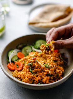 Maash Ki Daal - Urad Dal (Instant Pot and Stovetop) - teaforturmeric Urad Dal Recipes, Halal Recipes, Side Recipes, Indian Food Recipes, New Recipes, Ethnic Recipes, Indian Foods, Recipies, Beans Recipes