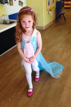 Instructions for an easy to make cape that looks like something Elsa from Frozen might have worn.