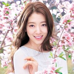 The beautiful Park Shin Hye for Mamonde.