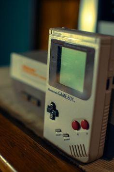 Old school Gameboy and Nintendo