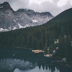 Powerfull!  Moraine Lake! : @pangeaproductions