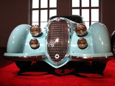 Alfa Romeo 8C 2900 B Lungo 1938 Maintenance/restoration of old/vintage vehicles: the material for new cogs/casters/gears/pads could be cast polyamide which I (Cast polyamide) can produce. My contact: tatjana.alic@windowslive.com