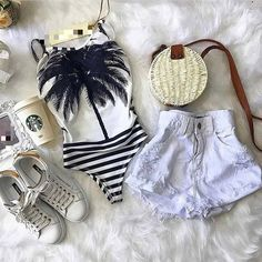 Cute Spring Outfits, Short Outfits, Trendy Outfits, Cute Outfits, Fashion Outfits, Summer Store, Look Con Short, Moda Chic, Cute Bathing Suits