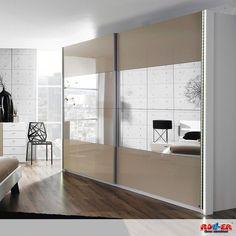 Schwebetürenschrank AVELA: Modernes, trendiges Schlafzimmer in Alpinweiß und Absetzungen in Hochglanz-Sandgrau.  Maße: B/H/T ca. 270/223/69 cm  Zum Artikel: http://www.roller.de/schwebetuerenschrank-avela/000630006601/