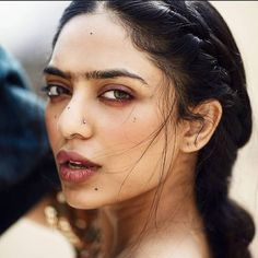 Tips For Planning The Perfect Wedding Day Prettiest Actresses, Beautiful Actresses, Seductive Eyes, Photoshoot Images, Girl Photography Poses, Bikini Photos, Bollywood Actress, Bollywood Style, Indian Beauty