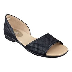 Love the Karletta? Meet this seasons newest e360 dressy shoes with All-Encompassing Comfort, Kalindi! This stylish open toe shoe features a detailed upper and flexible and durable one-piece rubber outsole making them ultra lightweight and comfortable for all-day-into-the evening wear. These dressy shoes are available in medium widths and wide widths.