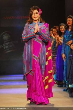 Zeenat Aman walks the ramp for designer Monapali during the Jaipur International Fashion Week 2012