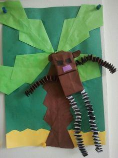 Aap in palmboom. Gemaakt dit leerling uit groep 3...