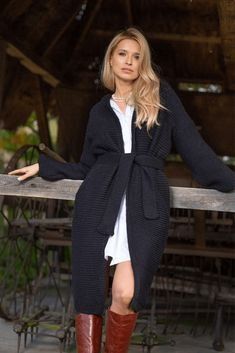 Cardigan din amestec de lana alpaca, cu cordon, Negru #cardiganalpaca Cardigan Outfits, Elegant, Tricot, Classy, Chic