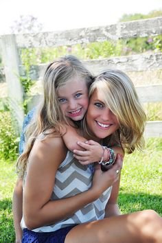 Mother-Daughter Photo Shoot Ideas :) Love this!!