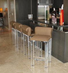 ACRYLIC DECOR Alkemie: Lucite (Acrylic) Furniture & Sources