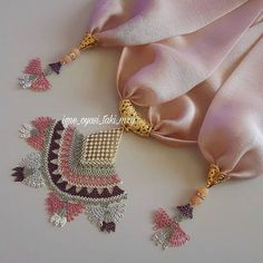 This Pin was discovered by iğn Types Of Lace, Passementerie, Burberry, Needle Lace, Girls Necklaces, Lace Making, Cutwork, Crochet Accessories, Baby Booties