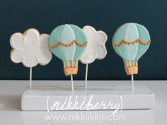12 Hot Air Balloon and Cloud Cookie Pops by nikkiikkin on Etsy https://www.etsy.com/listing/206397824/12-hot-air-balloon-and-cloud-cookie-pops