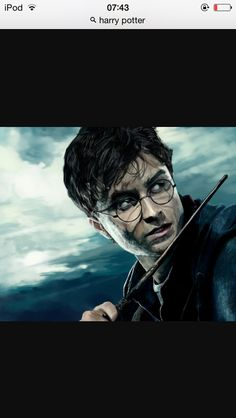 Everyone claims to be a Harry Potter fan but this test identifies the true fans from the rest of the pack! Are you a TRUE Harry Potter fan? Harry Potter Quiz, Tous Les Films Harry Potter, Harry Potter Imagines, First Harry Potter, Harry Potter Characters, Albus Severus Potter, Disney Infinity, Voldemort, Harry Potter Jornal