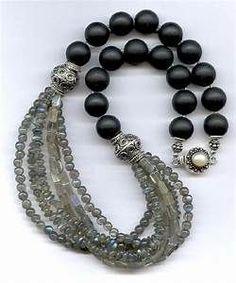 Best 25+ Beaded jewelry ideas on Pinterest   Jewelry making, Handmade jewelry tutorials and DIY ... #jewelrymakingbeads