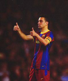Xavi Hernandez, FC Barcelona. Lionel Messi, Xavi Hernandez, Barcelona Team, My Superhero, Best Football Team, Club, Soccer Ball, Fitness, Religion
